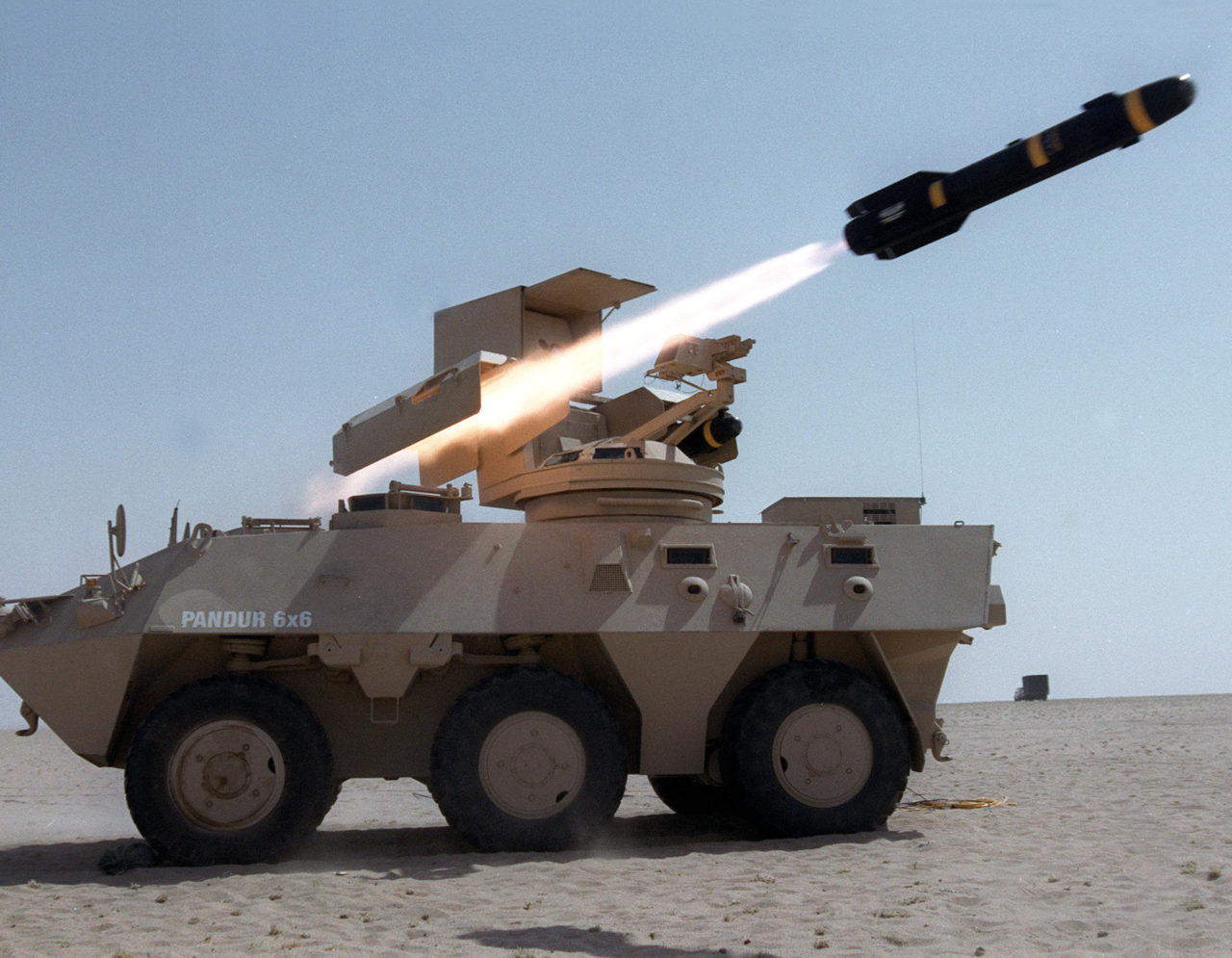 Hellfire-II-Ground-Launched-Pandhur-6x6.