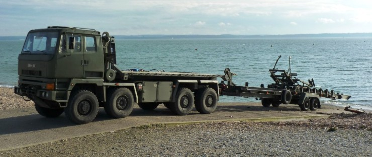 Combat Support Boat Trailer 01